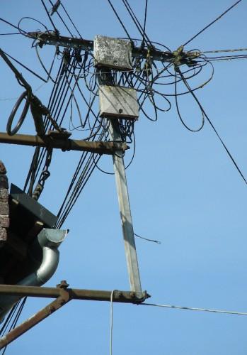 amiens,faubourg de hem,Photo,poteau électrique,électricité,noeud gordien,branchement,photos L.jacquy