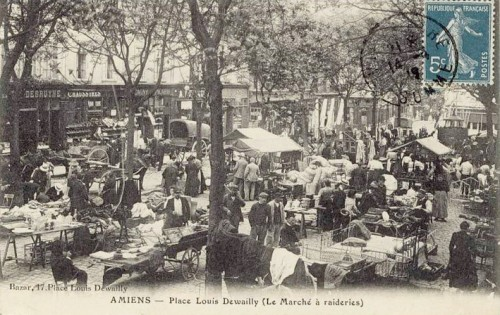 brocante,Picardie,Aisne,Oise,Somme,vide-greniers,cartes postales anciennes,