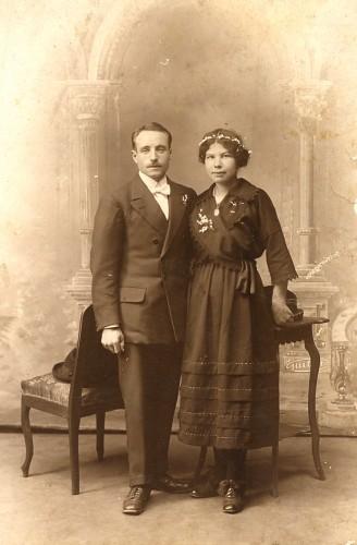 fiancés,mariage,photographie ancienne,collection Les Beaux Dimanches, collection L. Jacquy,photographie