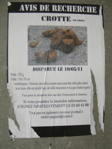 Tag, affiches, dans la rue, pochoir