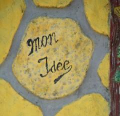 Somme,Picardie,anarchitecture,art populaire,art singulier,murs peinnts,art brut,inspirés du bord des routes,ciment coloré,personnages de ciment,arbre de ciment,rocaille