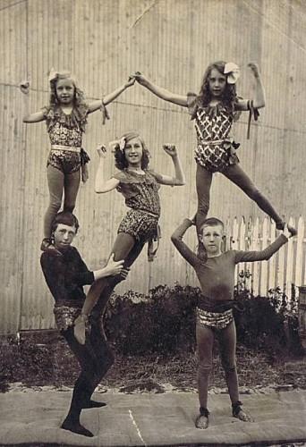No Comment,photo ancienne,les beaux dimanches,cirque