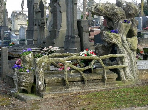 sépulture, rocaille, amiens, cimetière du petit st jean, rocaille, tombe,mort