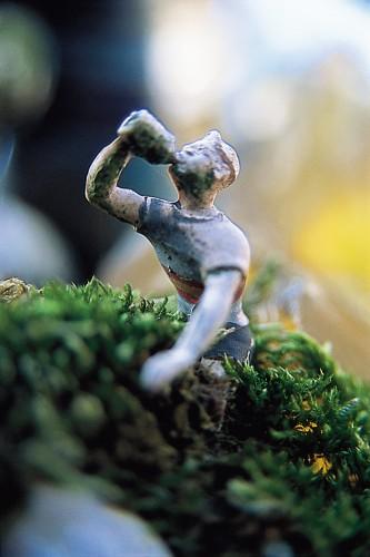 Bodan litnianski,tour de france, cycliste,personnage en plastique,jardin des merveilles,Benjamin Teissedre,Éditions vivement dimanche