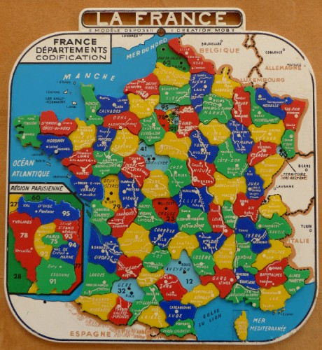 france,brocante,jeu,jouet,puzzle,marque MOB,brocante,collection,photo