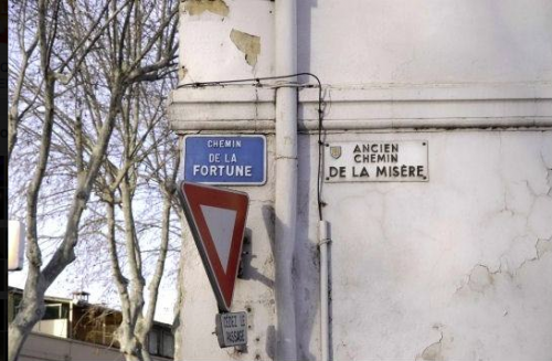 no comment,signalétique,in the street,photo