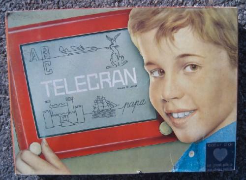 André Cassagnes,Télécran,ardoise magique,jouet,jeu,dessin assisté