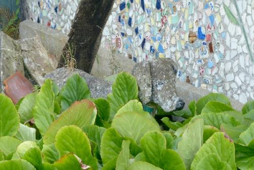 vismes au val,anarchitecture,art brut,art insolite,mosaique,inspirés du bord des routes,art brut, statue de ciment,bas relief ciment