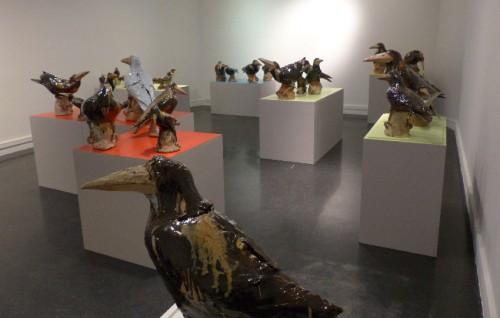 Nathalie Montarou,corbeau,céramique,sculpture,terre cuite émaillée,art populaire