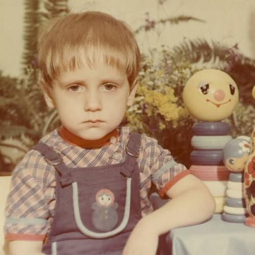 photo d'enfant triste, no comment catégorie de les beaux dimanches