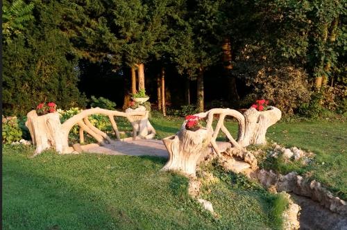 rocaille,rocailleur,Jean-Pierre Wyckhuys,sains en amienois,La roseraie,art nouveau,art populaire,arbre en ciment,cartes postales,collection,berck