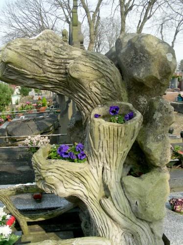 rocaille, sépulture,amiens, cimetière du petit st jean, rocaille, tombe