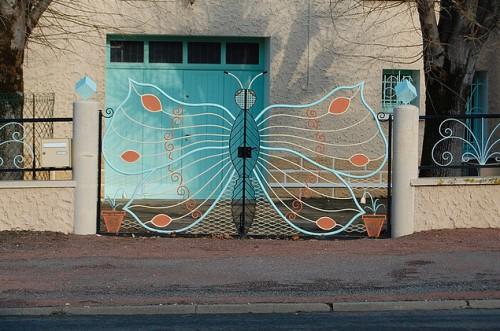 inspirés du bord des routes,art singulier,art populaire,art brut,art insolite,portails,portes,portillons, portails papillons