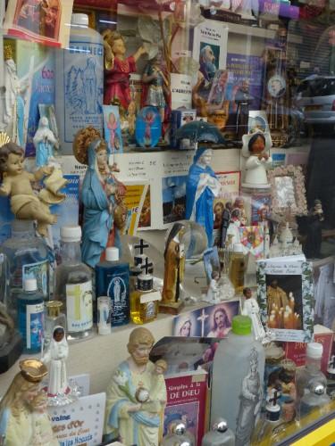 photographie,vitrine,magasin,bondieuseries,laurent jacquy
