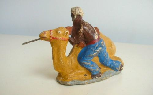 art populaire,artmodeste,figurines,jouet,cartes postales anciennes,collection,chameau