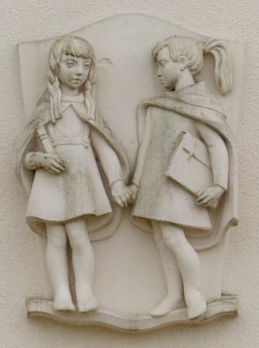 sculpture,façade,dans la rue,gironde,st germain la rivière