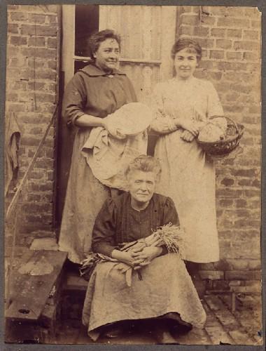 photo ancienne,poireaux,flamiche,1916